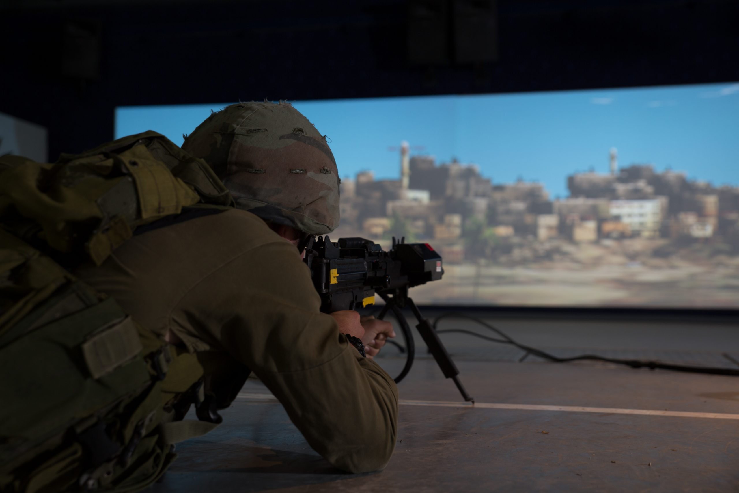<p>The advanced tactical training enables performance of complex scenarios for individual and group level training with a high level of proficiency</p>