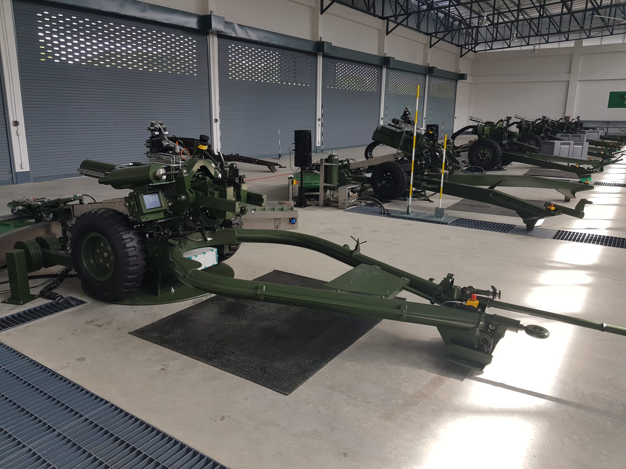 Howitzer Crew Trainer gallery
