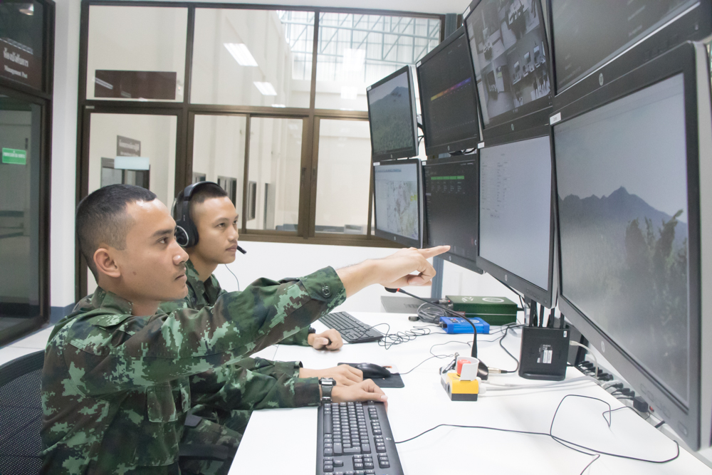 <p>Bagira's HCT App supports tracking, monitoring, and evaluation of Howitzer crew activities. The system is synchronized with all relevant radio systems and CCTV environment cameras inside of the crew compartment in order to ensure better After Action Review.</p>